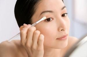 Hướng dẫn trang điểm mắt đẹp chỉ sau 10 phút có ngay mắt xinh