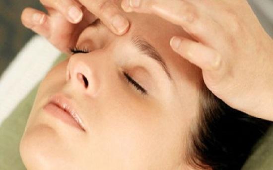 Mách bạn các cách chữa sụp mí mắt tự nhiên 2