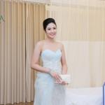 Ngọc Hân đẹp hút hồn dự khai trương chi nhánh Đông Á Beauty