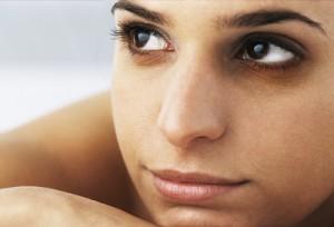 BẬT MÍ cách trị thâm mắt bằng khoai tây hiệu quả trong 7 ngày