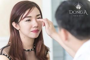 Trả lại tuổi xuân cho đôi mắt nhờ cắt mí Hàn Quốc '3 trong 1'