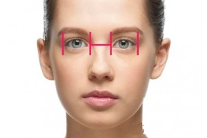 Phương pháp tạo khóe mắt trong có đau không?